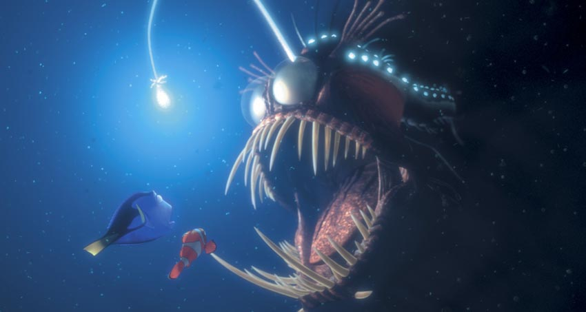 Dory-and-Marlin-get-scared-by-a-fish-in-Finding-Nemo